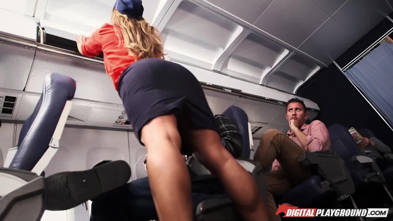 Порно в самолёти