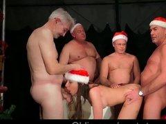Онлайн порно с новым годом